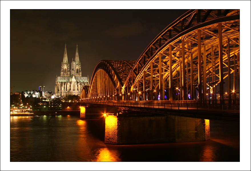 © Michael Bartikyan - Koln - Railway Bridge