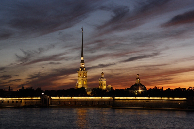 © Oleg Isaev - Sunset of St. Petersburg